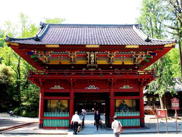 根津神社門