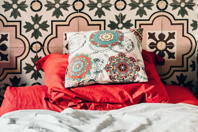 独身女性の魅力寝室風水北枕