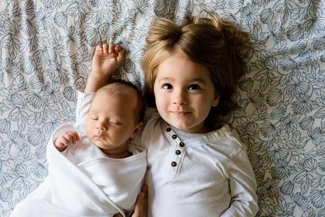 幸せな子供に育つ姓名判断のポイント赤ちゃん名づけ