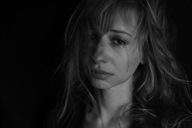 男心オトコゴコロをくすぐる女性の特徴タイプ悩み相談涙
